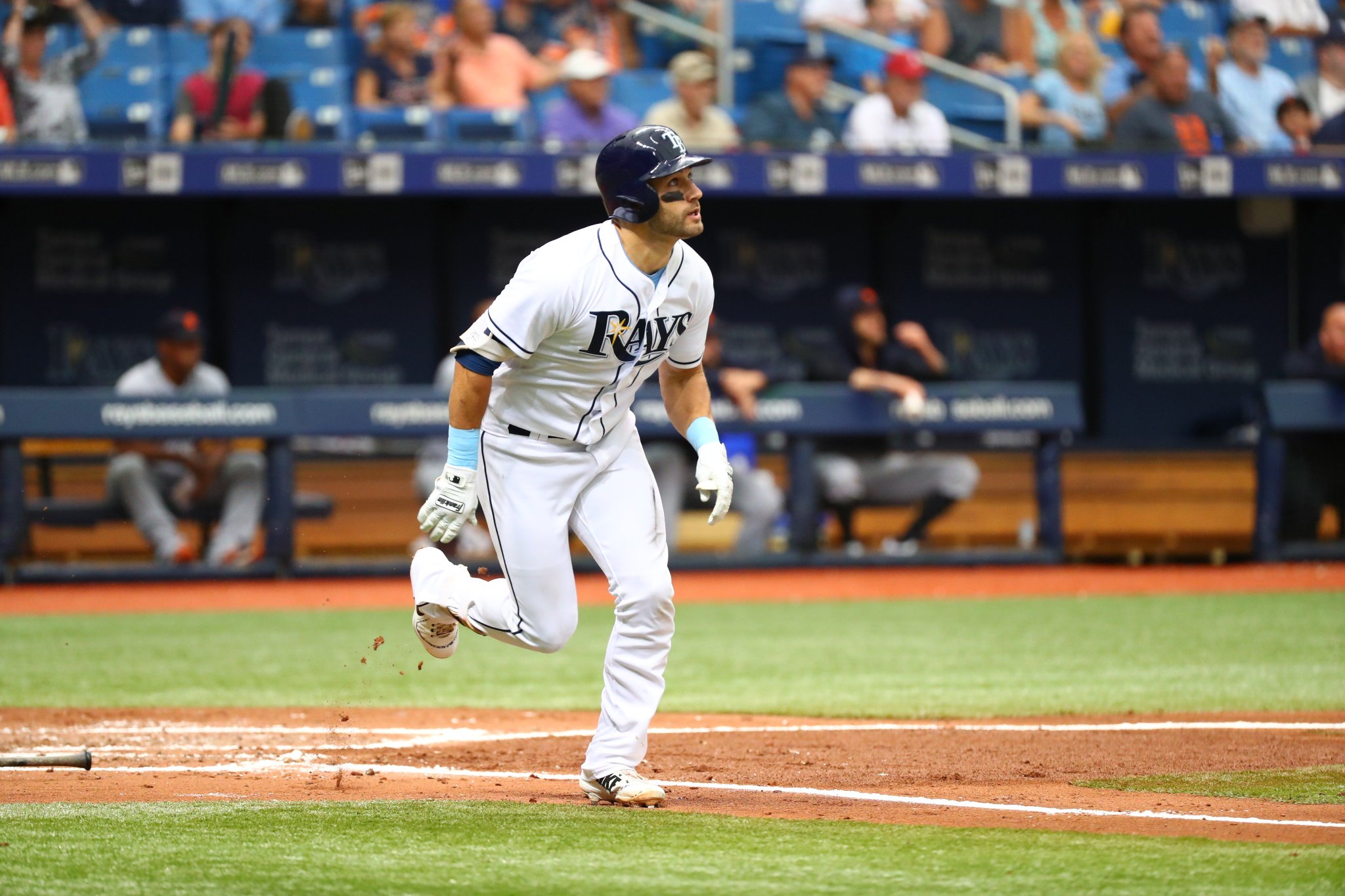 Outlaw. Outta here.  #RaysUp https://t.co/FSqfVDaYaK