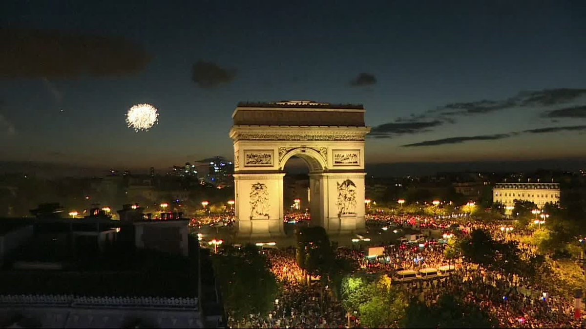 ?? French celebrate in Paris as country advances to World Cup final