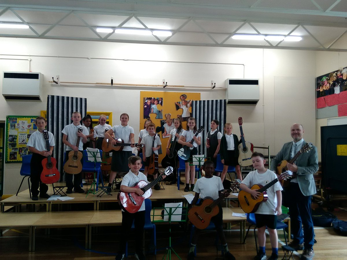 test Twitter Media - Our guitarists gave an excellent concert this morning under the instruction of Mr Chamberlain @S4EMusic https://t.co/6i7eabufom