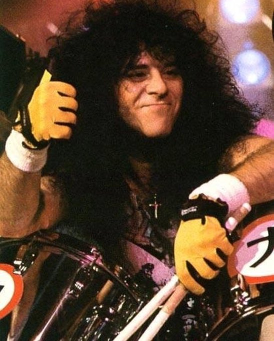 Happy Birthday to the late great Eric Carr. The Thunder rolls on from heaven.