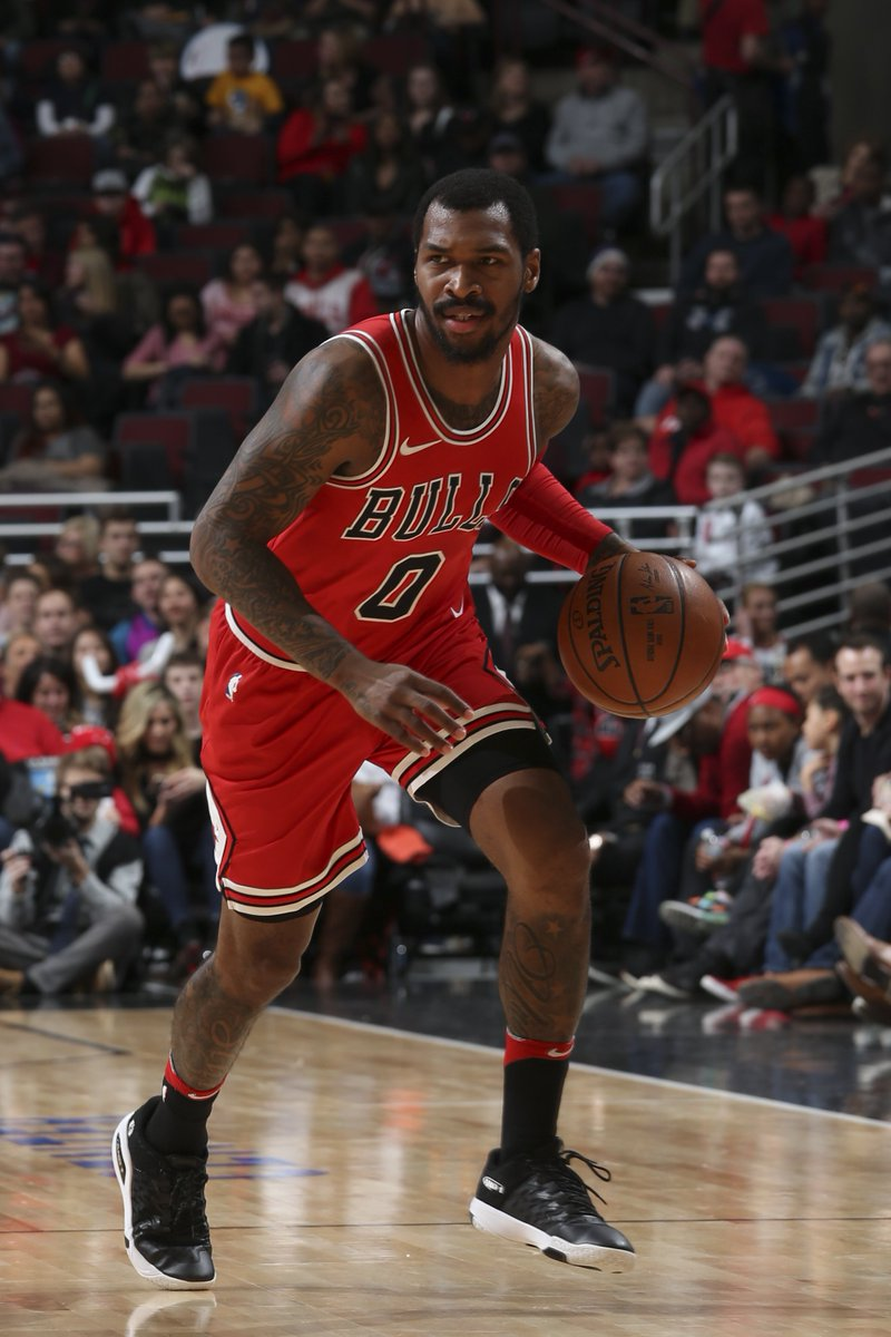OFFICIAL  The Chicago Bulls an sean kilpatrick