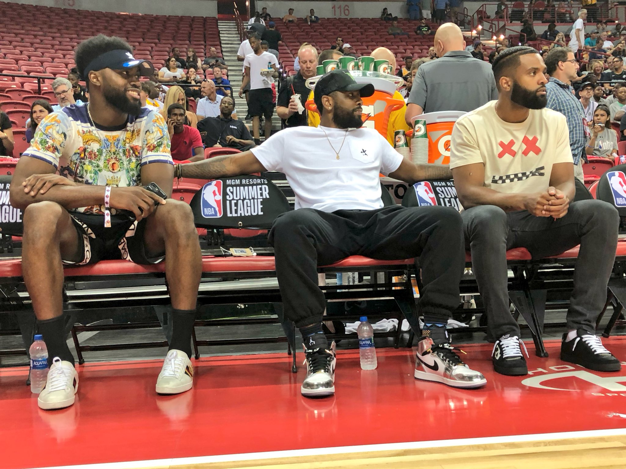 In the building to watch the @celtics (1:30pm/et, ESPN2)... @FCHWPO & @KyrieIrving! #NBASummer https://t.co/vAVJx3X7M4
