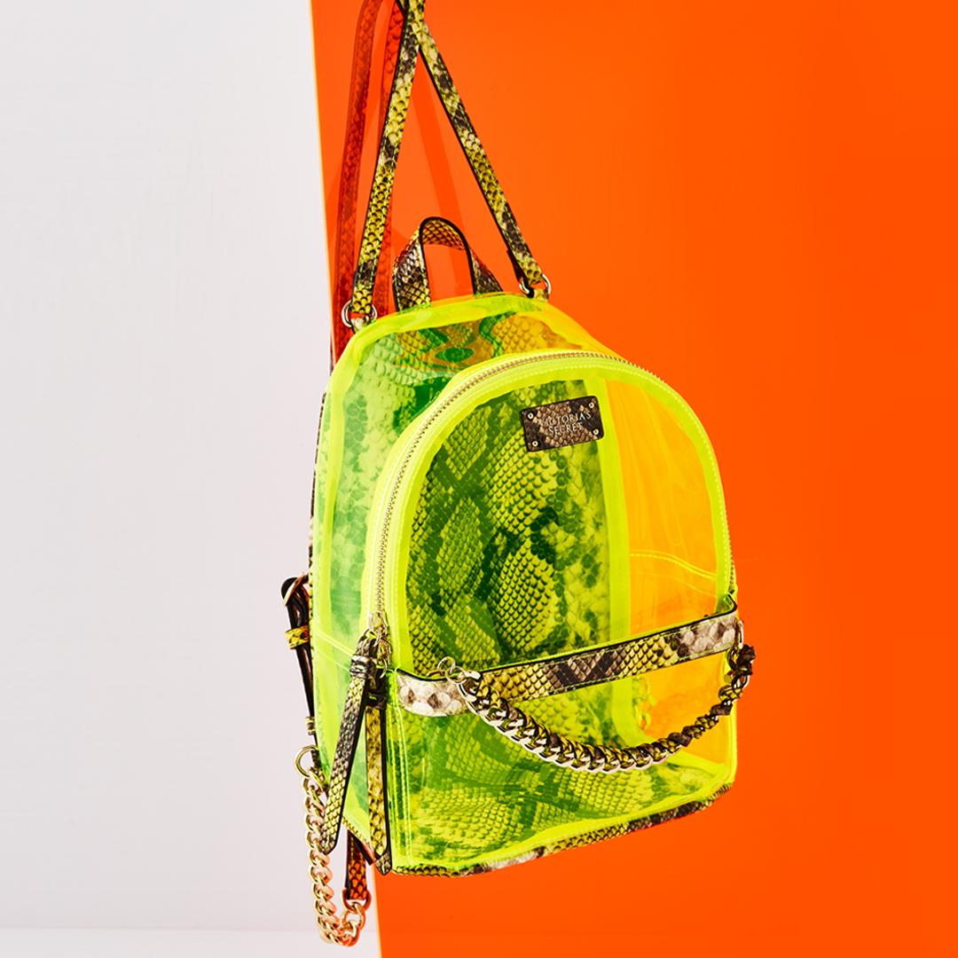 It's glow time! Neon & python bags almost too hot to handle: https://t.co/tdNWOuhtKc https://t.co/JEHohVTKdM