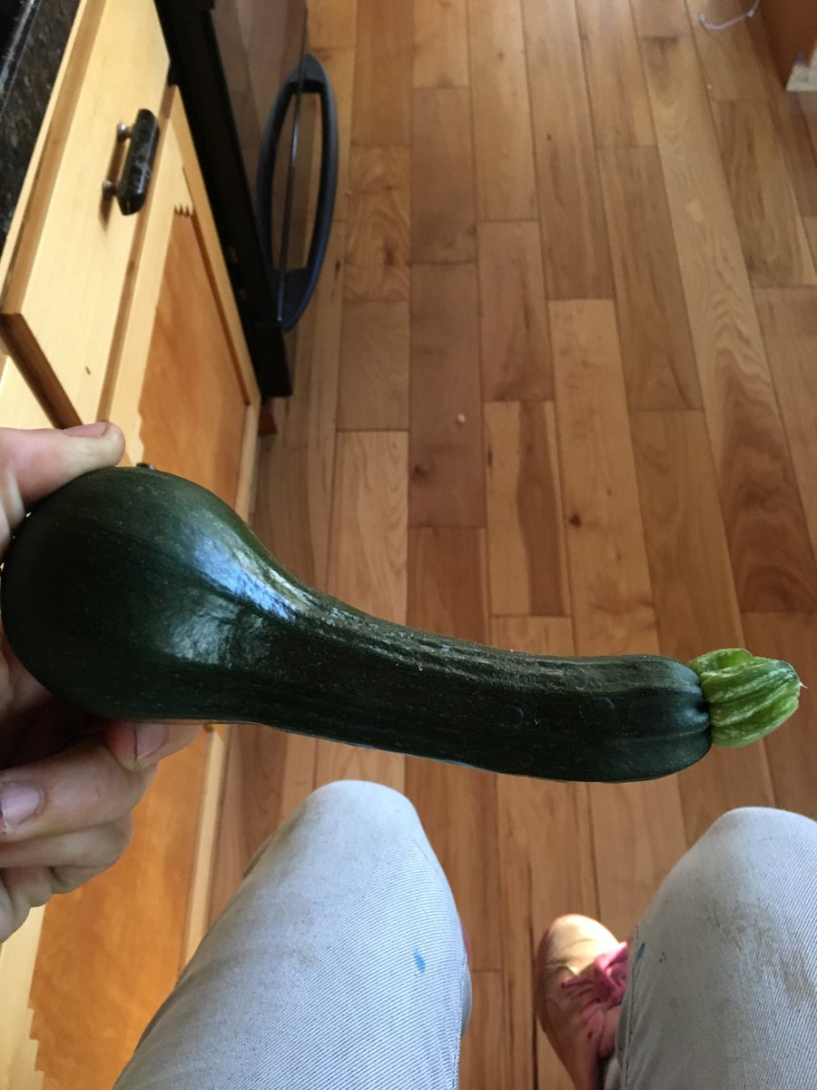 Guys look what I grew in my garden MXdgIr4jnS