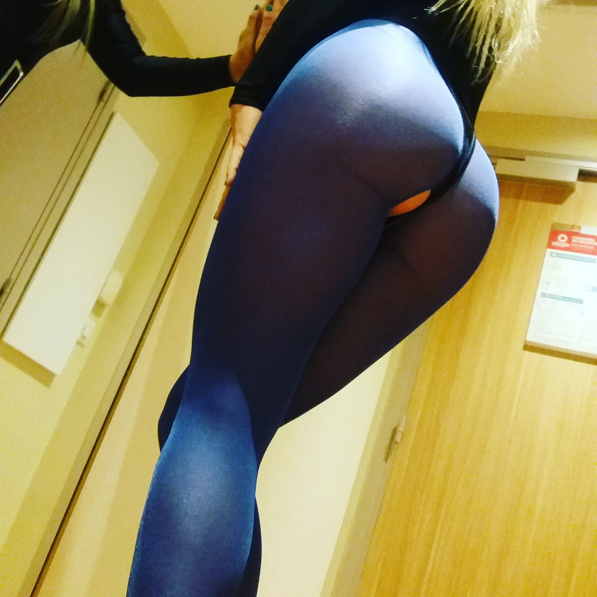 For the big booty lovers from Paris😘😘😘😘 Jznfoi29vS