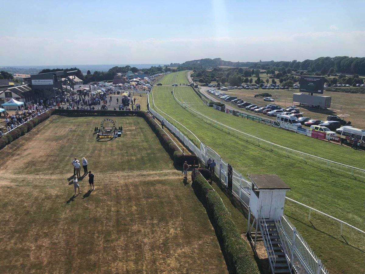 test Twitter Media - There's been plenty of sunshine here in @BellwstownRaces 😎#ComeRacing https://t.co/HHumaFpG3Z