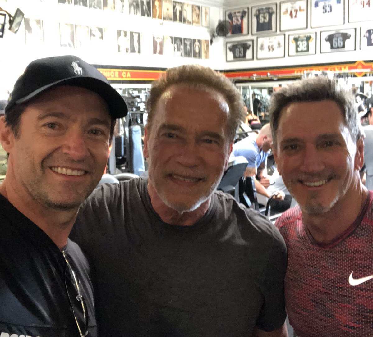 What a way to spend 4th.  With @Schwarzenegger and Pete at the original @GoldsGym in Venice. #FourthofJuly2018 https://t.co/F83o3HS7K0