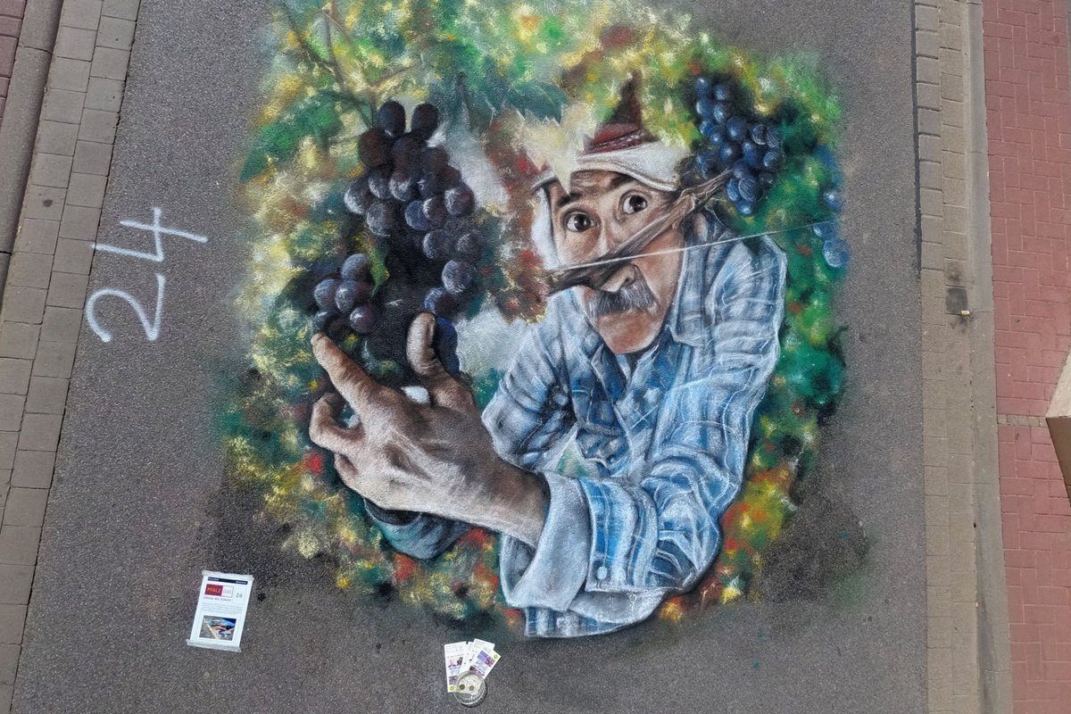 test Twitter Media - Some pictures from the #StreetArt #Winestreetart Festival 2018 https://t.co/mxJz6y9HU2