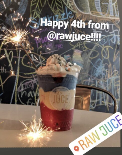 RT @iAmDAlex: @dezidoesit @Rawjuce Looks delicious. I gotta try one of these bowls