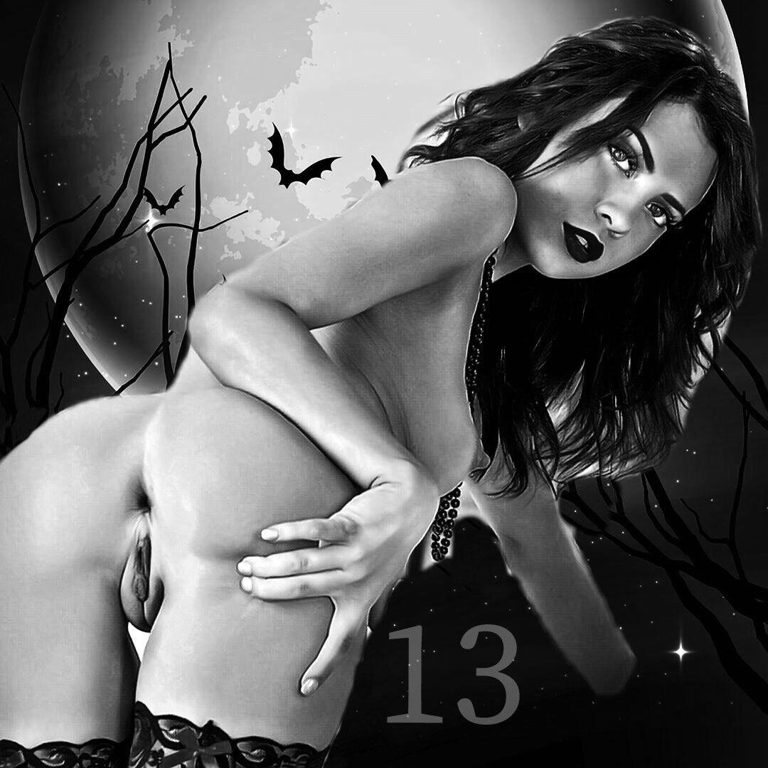 Have a wonderful #FridayThe13th as well gorgeous 🦇   🖤🖤 YCuRu3I99J