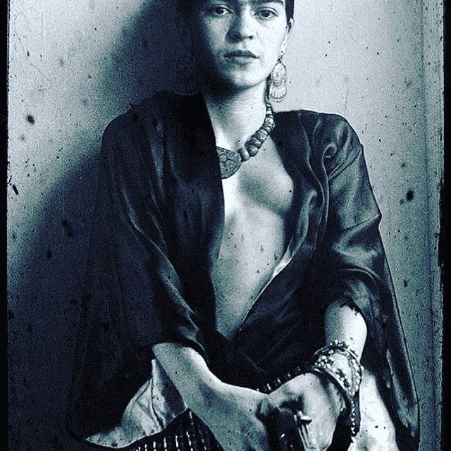 Happpy Birthday to this Bad Bad Bitch! ♥️???????????? Viva La Revolucion! #artforfreedom #fridakhalo https://t.co/7TGMVfWu26