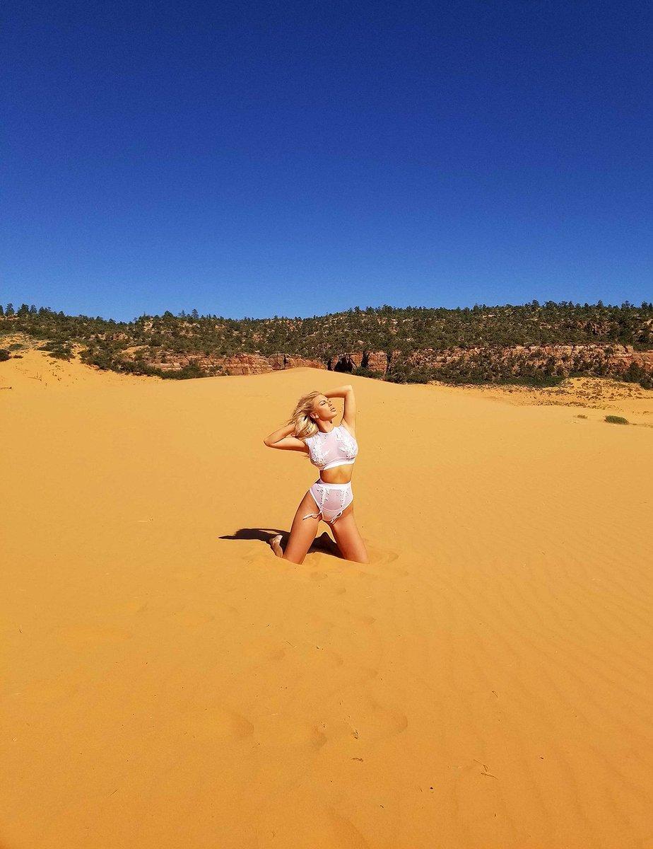 Golden Days 🌟 #CoralPinkSandDunes #ExploreUtah #RoadRrip #Summer2018 #NavajoSandstone