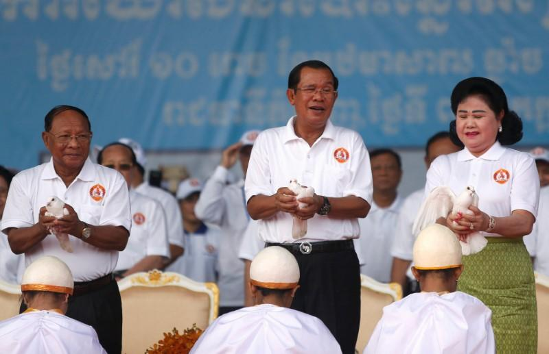Doves and dancers as Cambodia starts election campaign, despite fairness concerns