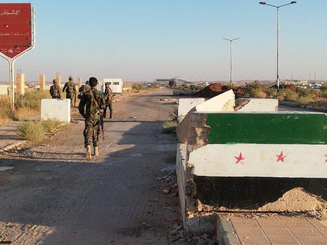 First displaced Syrians along Jordan border return home