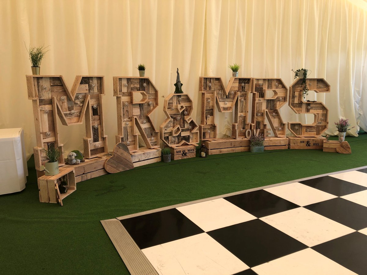 test Twitter Media - CONGRATULATIONS! 🍾👰🤵  Congratulations to Samantha and Kieron who got married with us yesterday. We hope you had a wonderful day and this glorious weather was certainly on your side!☀️💒 https://t.co/xt3ozIGTWW
