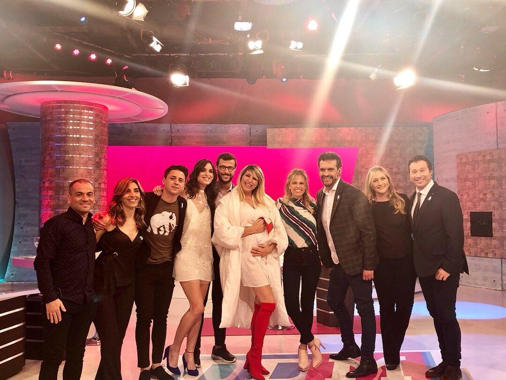 Hermoso programa, hermosa gente, los quiero mucho. #Gracias @ddm_oficial @eltreceoficial ???????????? https://t.co/JeIJeY0exV