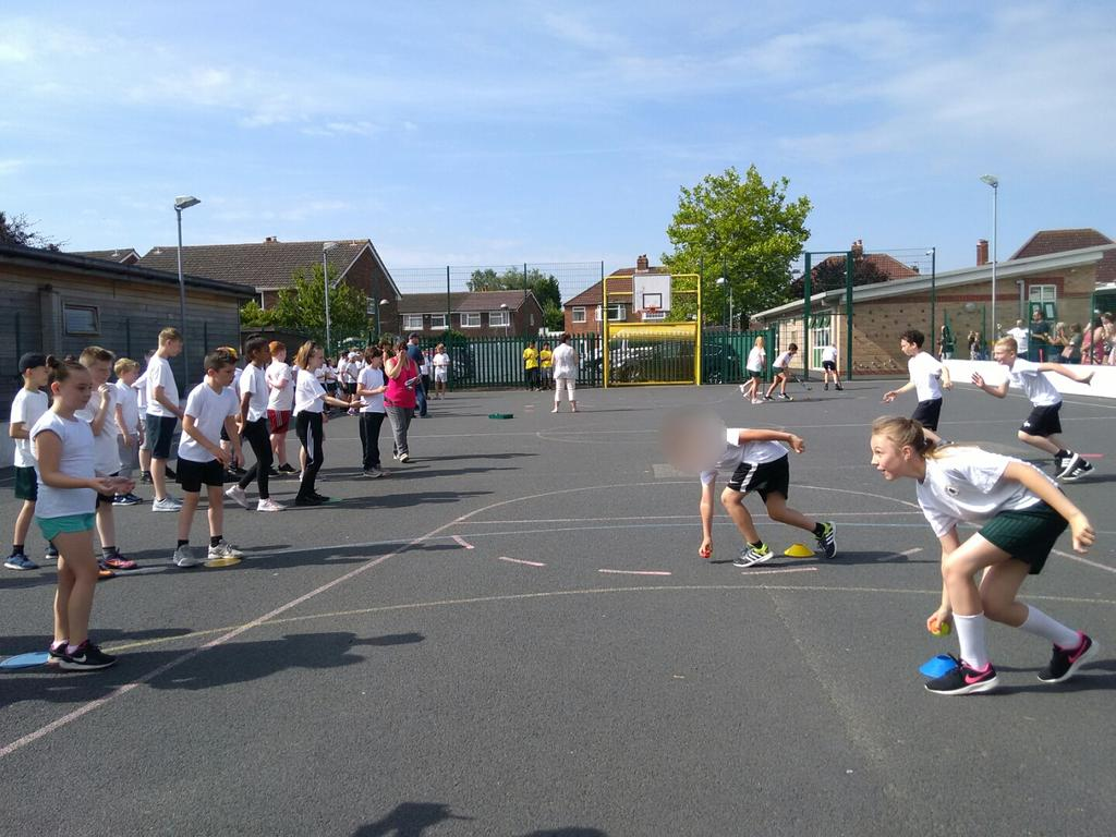 test Twitter Media - Years 5&6 did their sportsday on Monday. A great time was had by all but it was warm. https://t.co/rC37WFRNnh