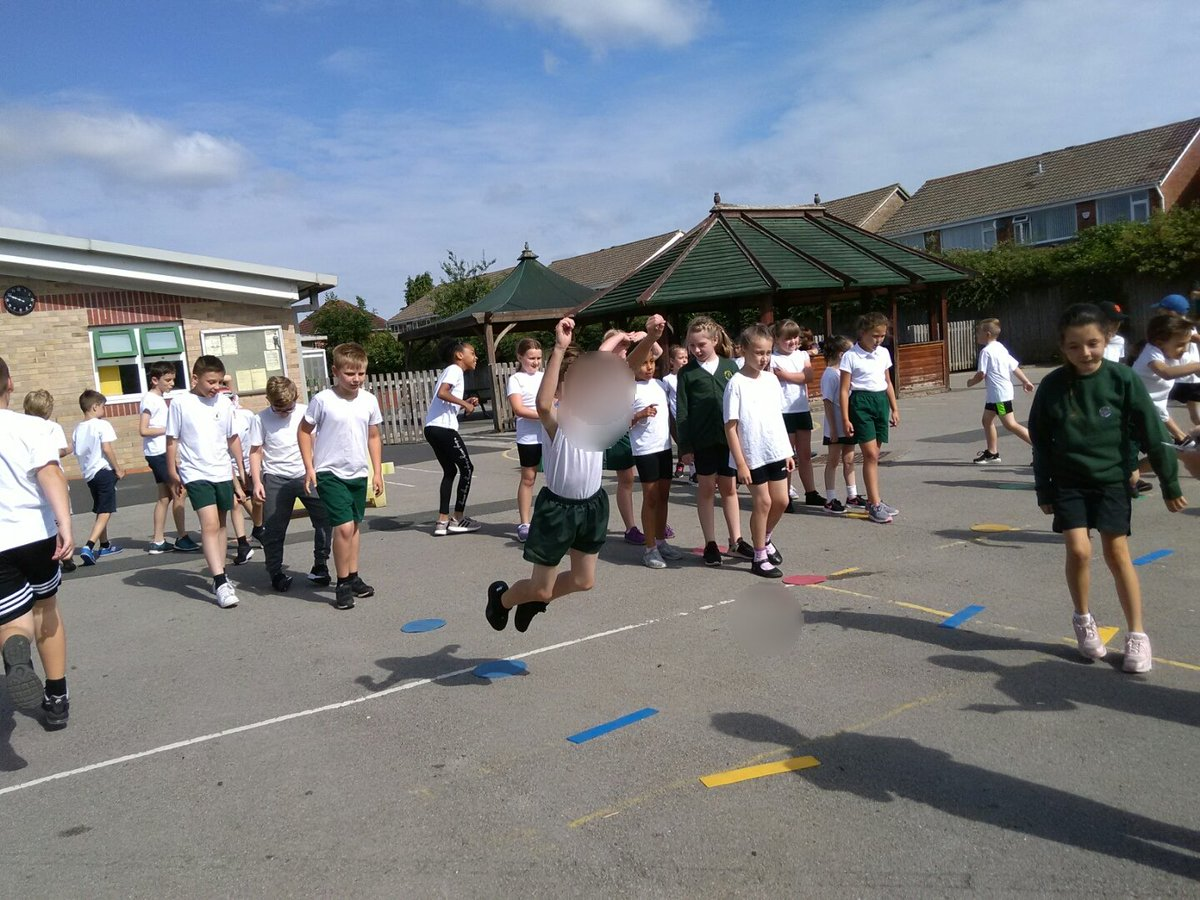test Twitter Media - Years 3&4 had a cooler morning for a red hot sports day. Well done all. https://t.co/sPprm9A4Oz