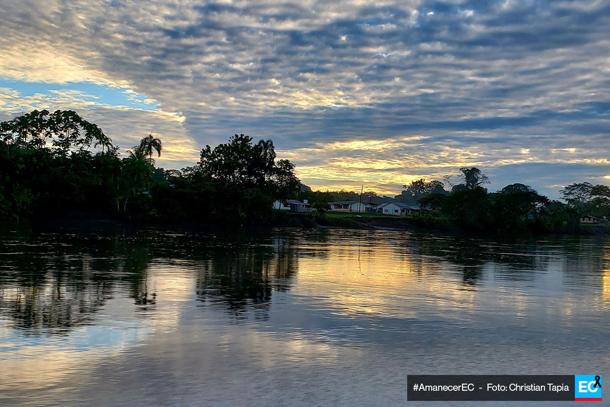 ¡Buenos días amigos! 😄  Iniciamos la jornada de este martes 24 de julio con un bello #amanecerEC, hoy con una postal del río Aguarico en Sucumbíos.  Envíen sus fotos a cm@elcomercio.com https://t.co/6z9ZiiVTIs