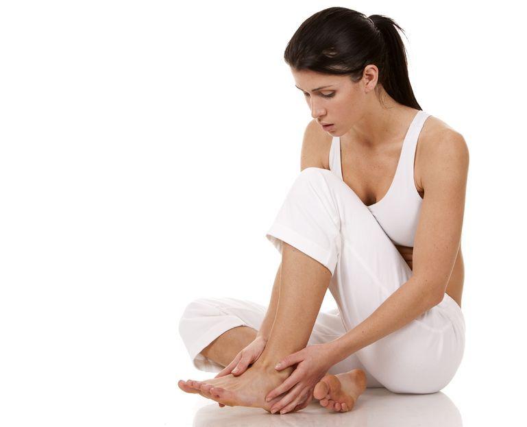 Why Your Feet Might Be Peeling…  https://t.co/9FM5FCjTOt https://t.co/5lZZZt8IrZ