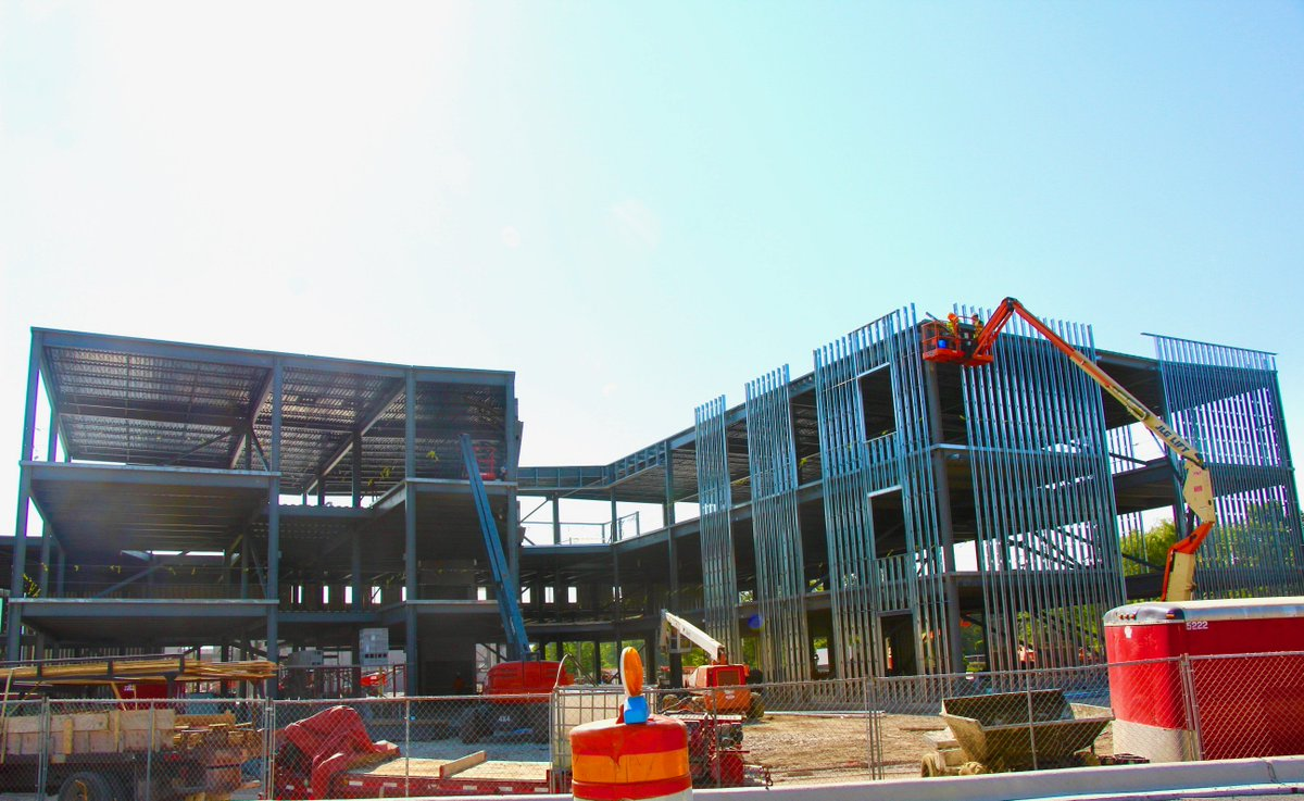 test Twitter Media - Let the sun keep shining! The building of the new Maple School continues to be right on schedule and due for completion by fall of 2019! #d30learns https://t.co/wHaYQILMzW