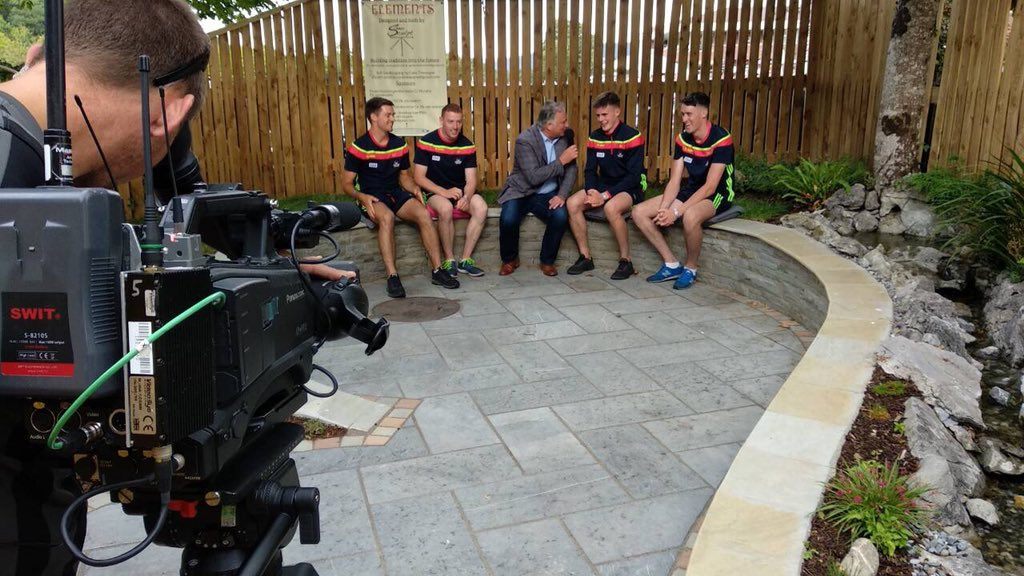 test Twitter Media - Tomás Mulcahy catches up with members of the @OfficialCorkGAA Hurling panel here in @corkracecourse https://t.co/JFWJTXmbJD