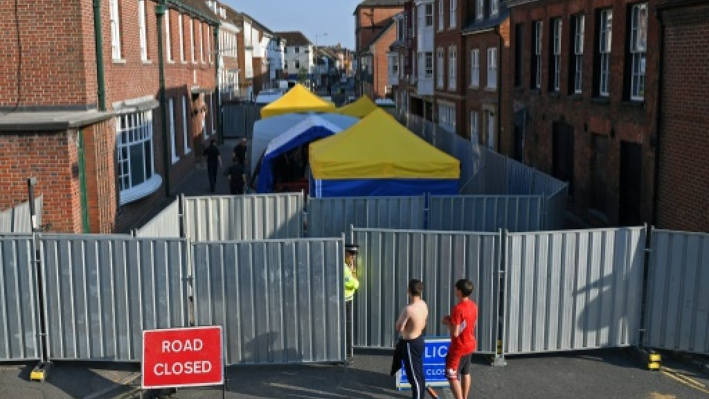 UK police find 'small bottle' containing Novichok nerve agent