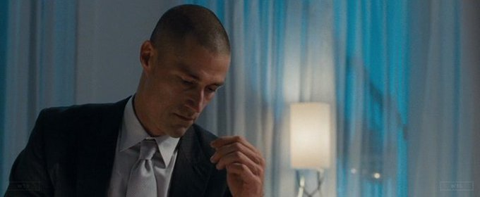 Matthew Fox turns 52 today, happy birthday! What movie is it? 5 min to answer!