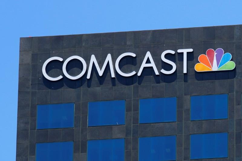 Comcast to pay advisers as much as 243 million pound in fees for Sky takeover