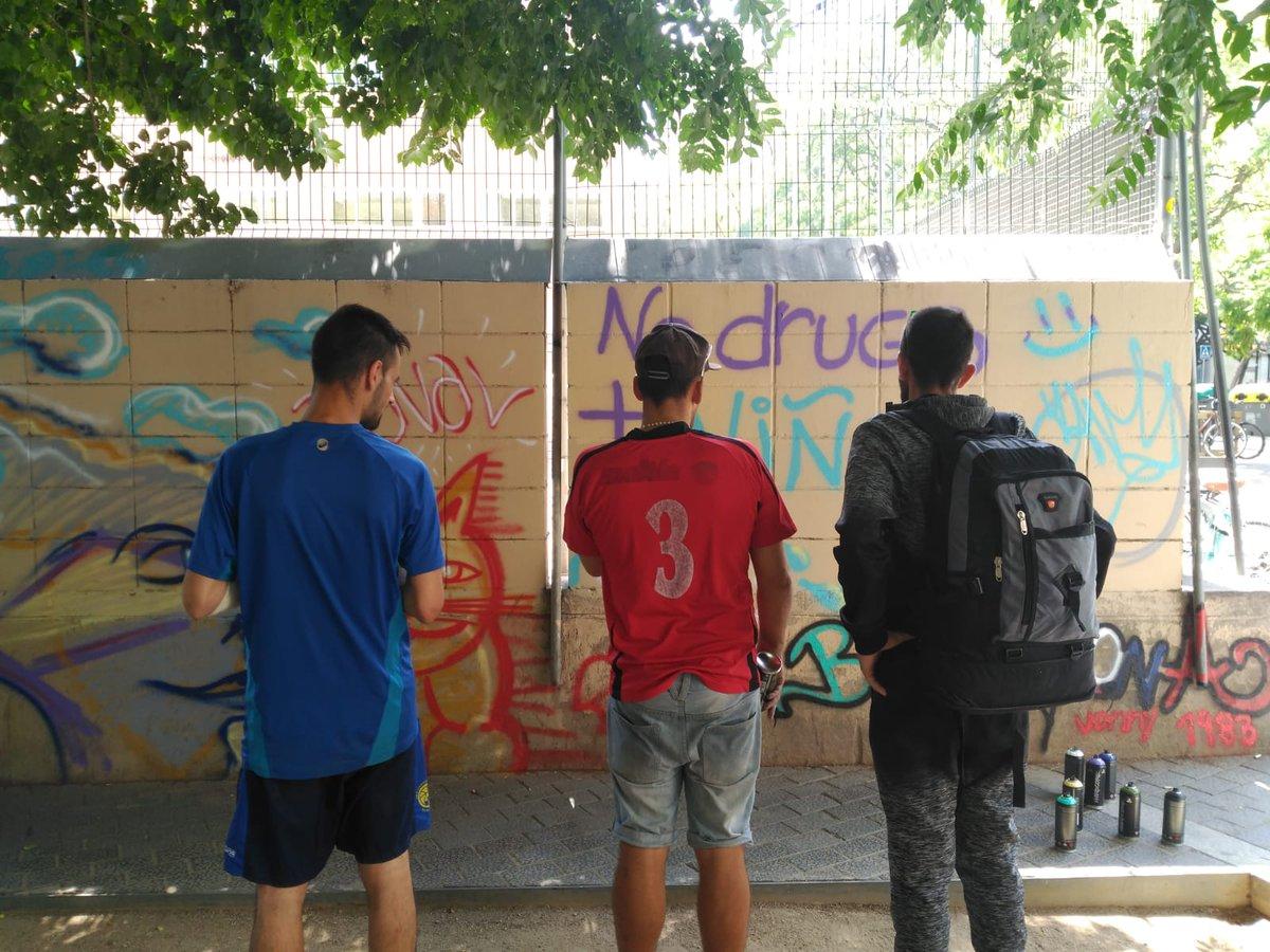 test Twitter Media - El CAS Baluard ha participat a la #FestaMajorRaval amb un taller de graffiti #fentbarri #Baluard #ravalvecinal #Raval #BCN https://t.co/oBbsHKxDMk