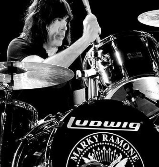 15/07 Happy Birthday Marky Ramone!! In Memoriam of Johnny Thunders & Ian Curtis