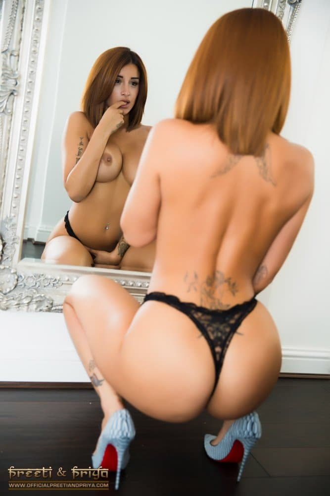 Some double deliciousness to help get your  motivation levels back up - stunners @preeti_young and @priya_y Seeing double can be awesome.... https://t.co/Wd0qeeTAQ8