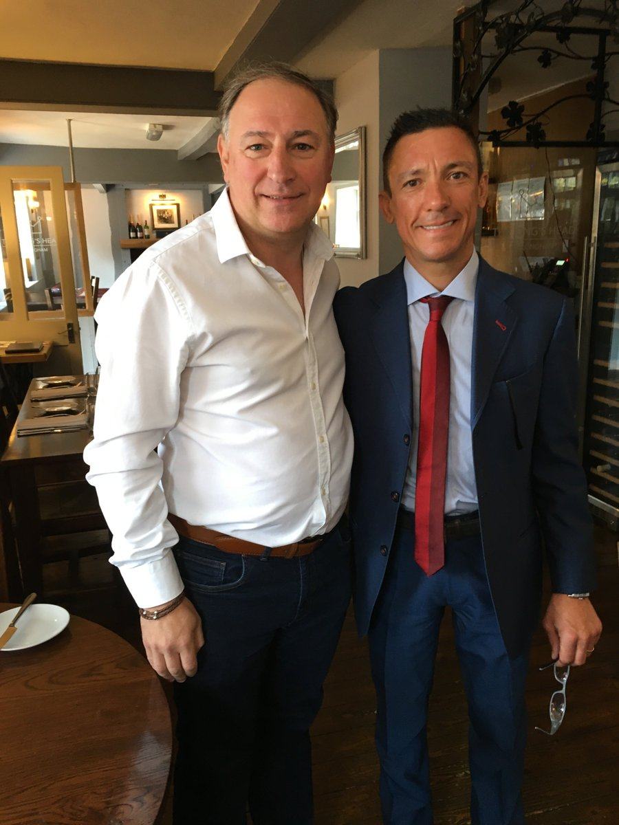 Great to see @FrankieDettori yesterday and Amy Murphy @almracing @KHDullingham thanks for the tips 4 wins out of 8!! https://t.co/V8if7zeFui