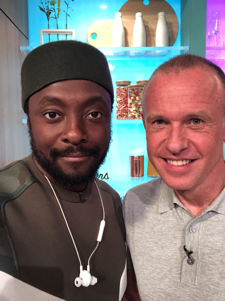 Me and @timlovejoy for @SundayBrunchC4 https://t.co/dmTg1dViZR