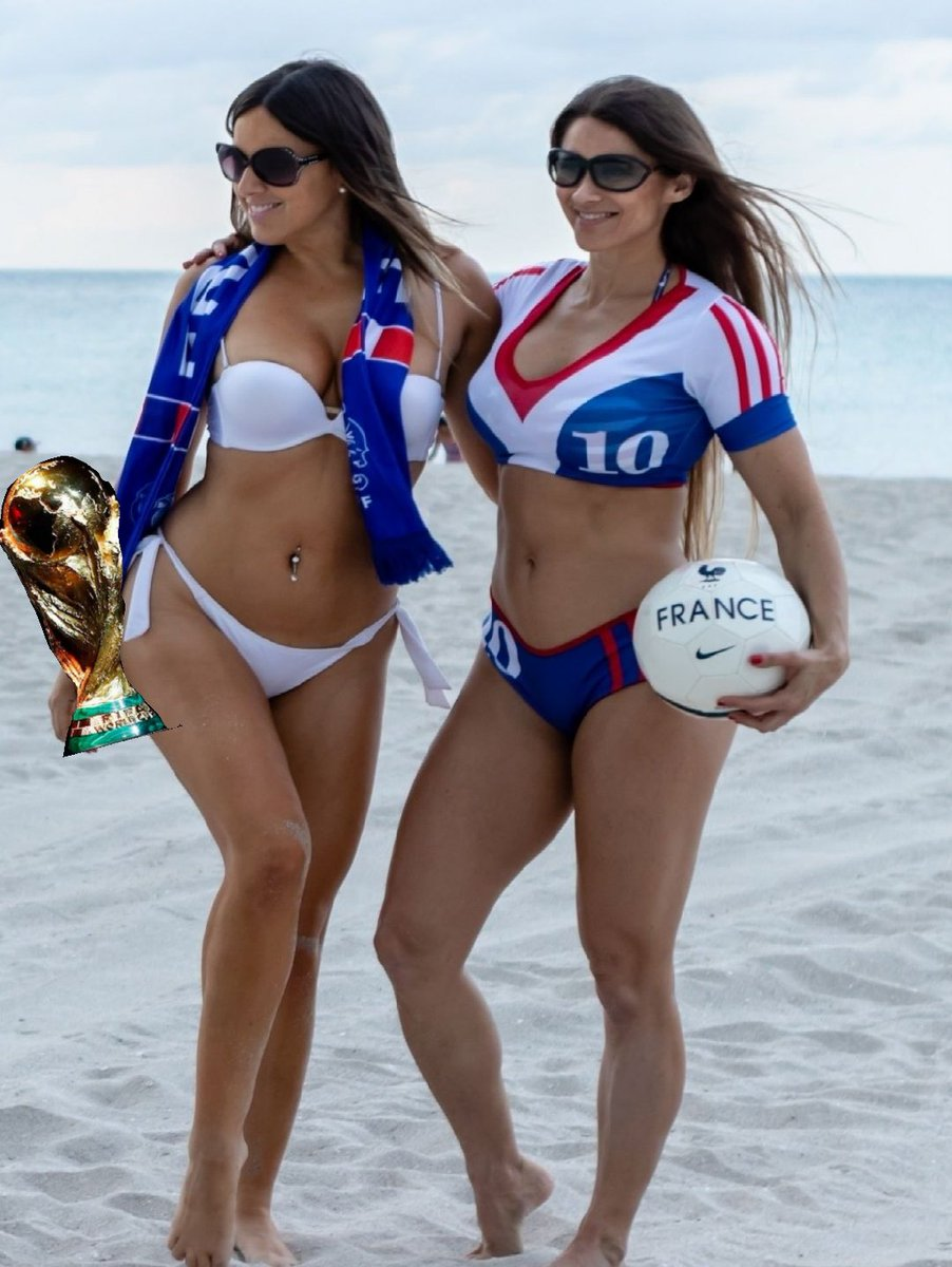 RT @footybabess: @ClaudiaRomani @anaiszanotti and  #FRA have one hand on the #WorldCup  It's #fra 1 - 0 #CRO https://t.co/ATDwbKXr4F