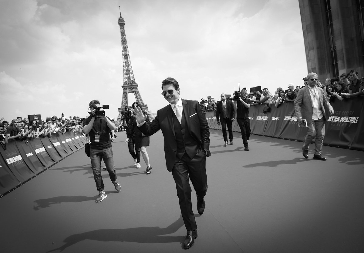 Thank you, Paris! What an amazing time at the World Premiere of #MissionImpossible Fallout. https://t.co/MfdNSOUWYX