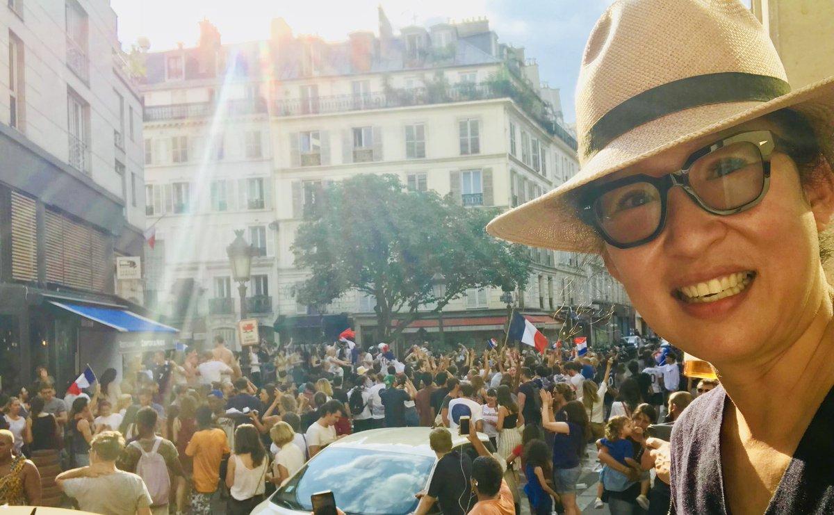 Félicitations la France 🇫🇷 !!! https://t.co/2hL0wBBOR3