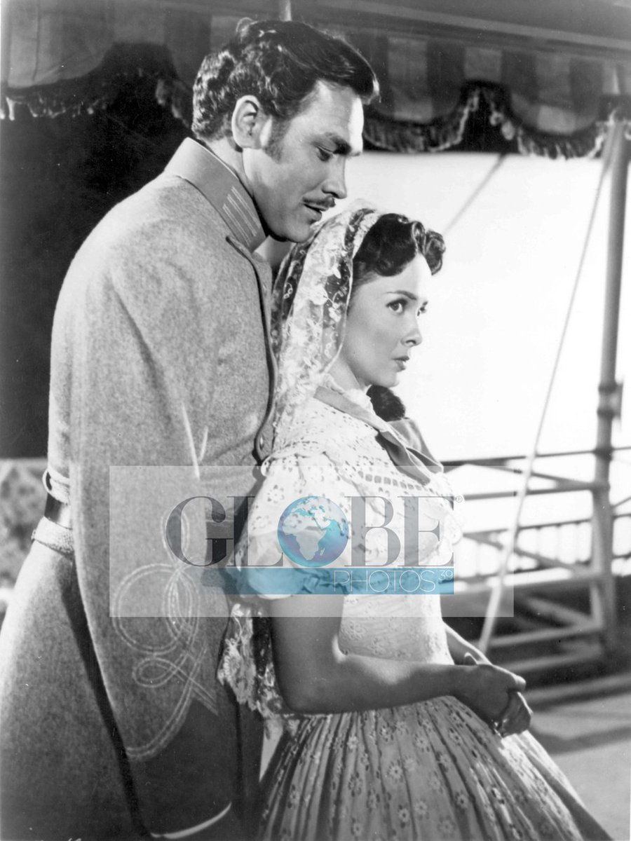 test Twitter Media - #ХуучныКино ShowBoat #Moviestarnews #CelebrityVault  #oldfilms #oldmovies #vintagefilms #Hollywood #oldphotos #GlobePhotos https://t.co/Z7MbR4nuS6