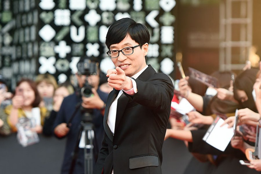 #YooJaeSuk Renews His Contract