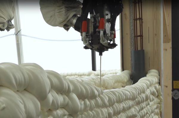 test Twitter Media - Eerste bewoners trekken in 3D geprinte woning https://t.co/1vqP88iaO1 https://t.co/1FU3RDMOAI
