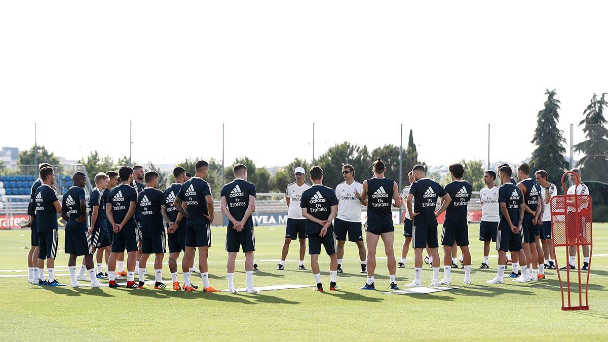RT @realmadrid: ⚽👊 ¡Primer día de entrenamiento en #RMCity!  #HalaMadrid https://t.co/13pCTctoLP