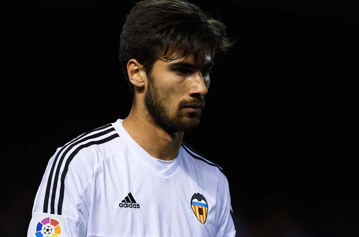 RT @locosvcf: ¿El Valencia sería mejor con el fichaje de André Gomes? https://t.co/75ZSUkfccp https://t.co/tEjpypDTGL