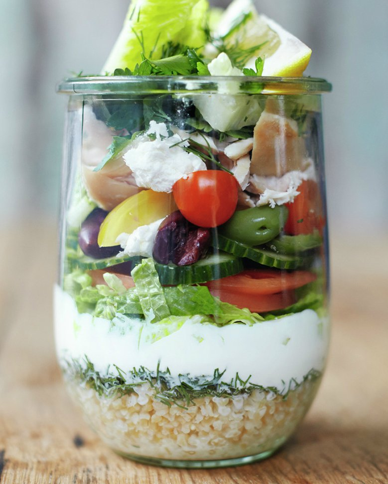 Jamie's jam jar salad principle. Perfectly portable to take to work. Just tip into a bowl at lunchtime and enjoy. https://t.co/pw2pboDFr4
