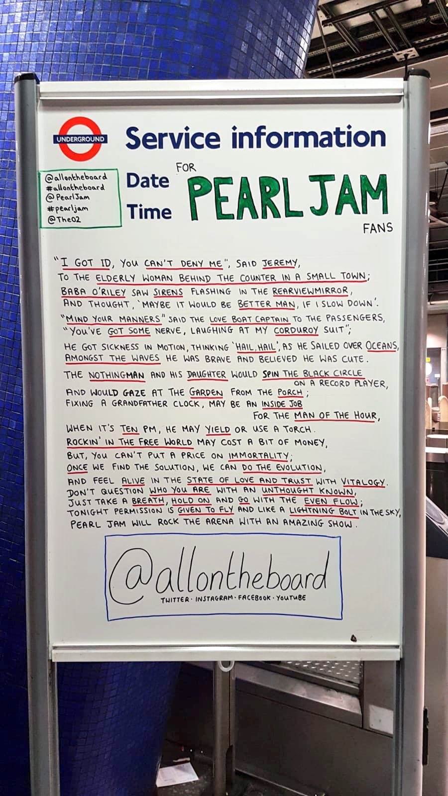 For @PearlJam and their fans poem by @allontheboard Tonight they will be rocking @TheO2 in #London. It's so good to have them back 🤘#PearlJam #PJLIVE2018 #EddieVedder #pearljamlive @MikeMcCreadyPJ @JeffAmentsArmy @SGossard #MattCameron @PearlJamOnLine #TheO2 #allontheboard https://t.co/l2s4mq8ixl