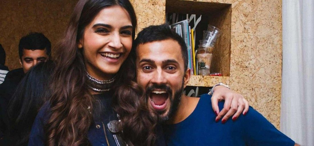 "test Twitter Media - ""Being around Anand makes me very happy."" #SonamKapoor ☺️  #ShaadiCeleb #anandahuja https://t.co/PMlLVjCbAV"