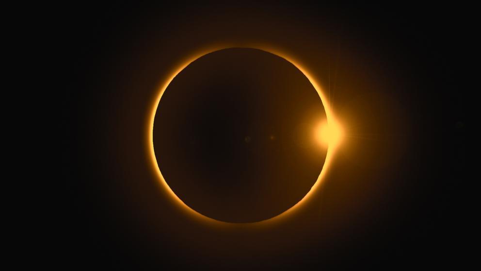 test Twitter Media - Lo que le sucede a tus ojos cuando miras un eclipse solar directamente. https://t.co/x7K2ZuPKWo Vía: @LaVanguardia https://t.co/x4z7fEJmYN