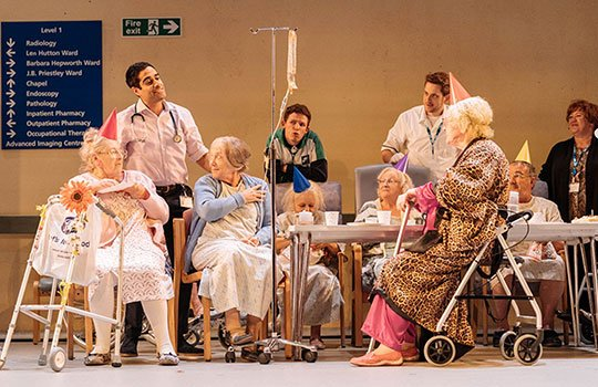 "test Twitter Media - Alan Bennett brings life into a geriatric ward with new play #Allelujah @_bridgetheatre, described as ""The History Boys with 80 year olds"" https://t.co/ZbjHJkuKG8 https://t.co/QWSHB3uu1K"