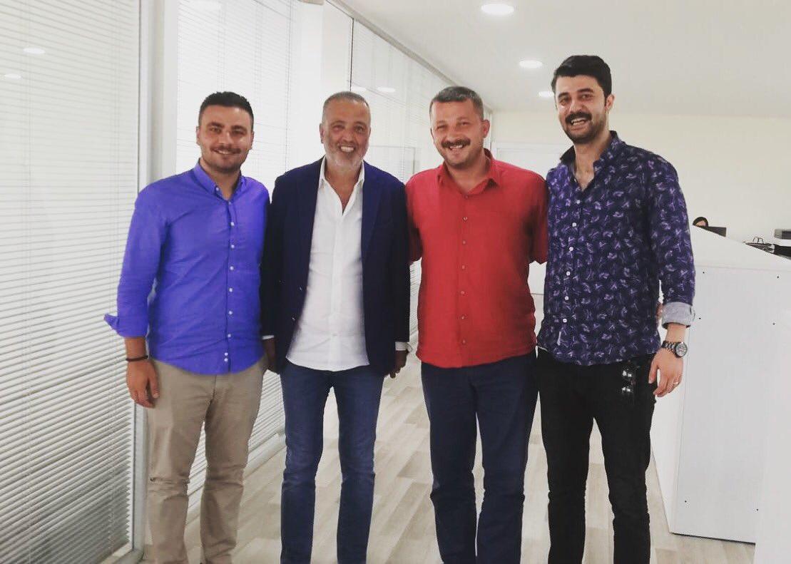 Ataşehir Belediye Başkanımız Battal İlgezdi'nin gençlere selamı var. https://t.co/zfRbfVrecG