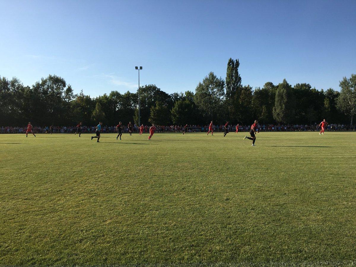 RT @ROTWEISSERFURT: Los geht's mit dem Testspiel gegen @HallescherFC #RWEHFC https://t.co/DoW4qphpBj