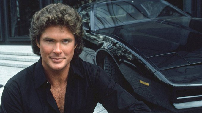 Today, the great Knight Rider celebrates its birthday. Happy birthday, David Hasselhoff!